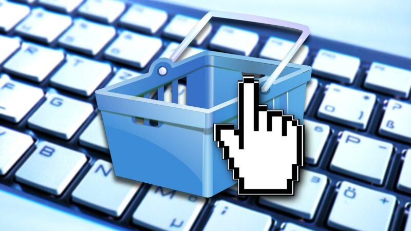 Guida agli acquisti sicuri: la Polizia di Stato scende in campo per la protezione dello  shopping natalizio online.