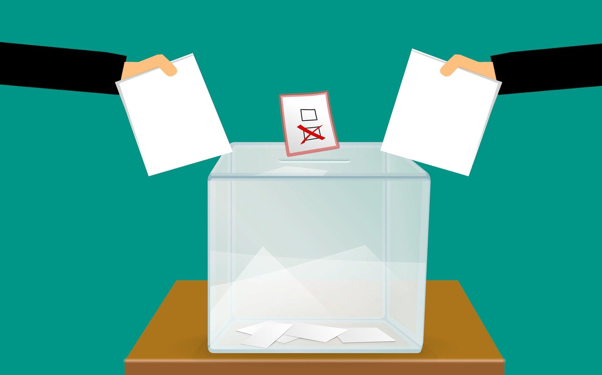 Elezioni regionali 2020, affluenza alle ore 12 a Bologna