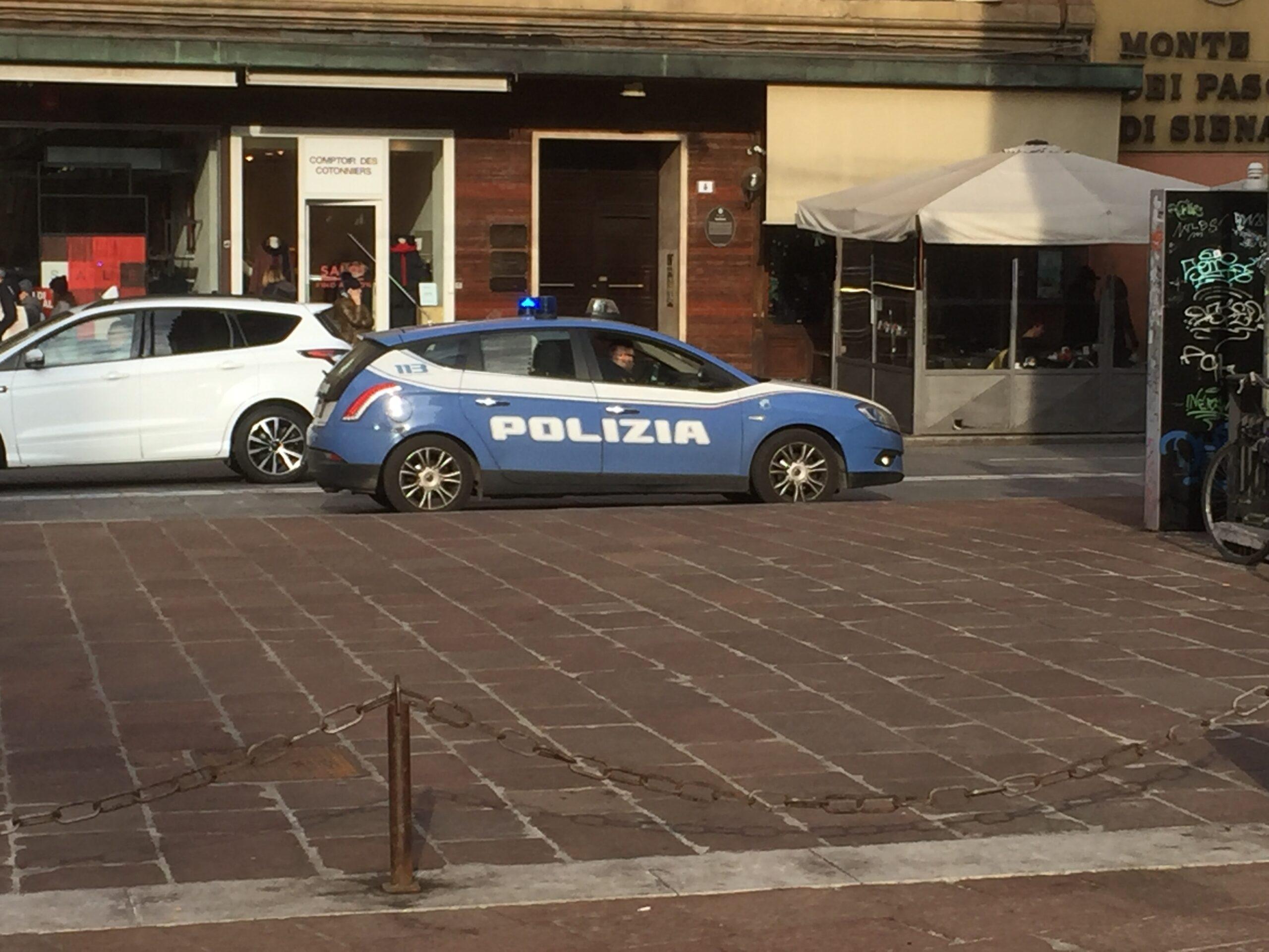 Bologna, arrestati due rapinatori seriali di origine moldava