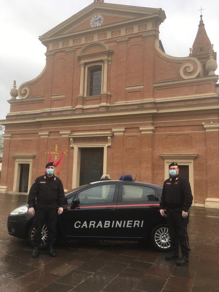Per esigenze di salute doveva spostarsi in un altro comune: i Carabinieri in soccorso di un anziano in provincia di Bologna