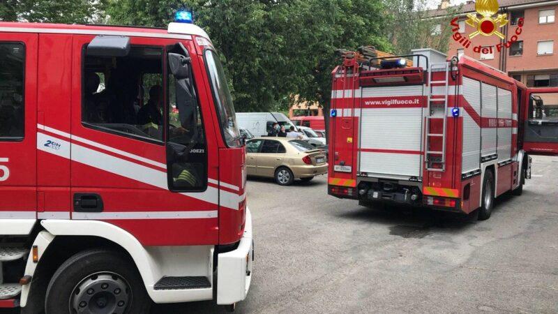 Incendio in un appartamento: a Sasso Marconi intervengono i Vigili del Fuoco