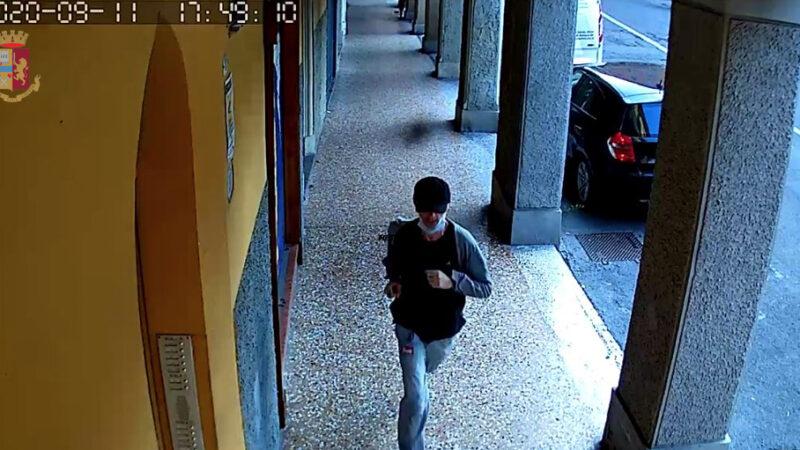 Bologna, arrestato l'autore delle quattro rapine nel centro storico: si tratta di un bolognese di 48 anni