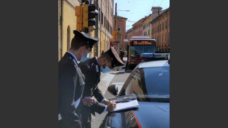 Dimentica la borsa a bordo del bus: recuperata grazie all'intervento dei Carabinieri