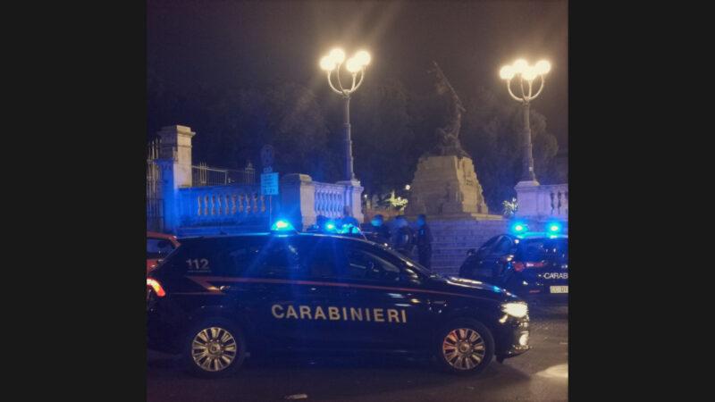 Bologna, sorpreso ad imbrattare un muro ripulito di recente: 30enne denunciato dai Carabinieri