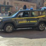 Finti biglietti aerei e viaggi turistici: agenzia di viaggi smascherata e oltre 500mila€ sequestrati
